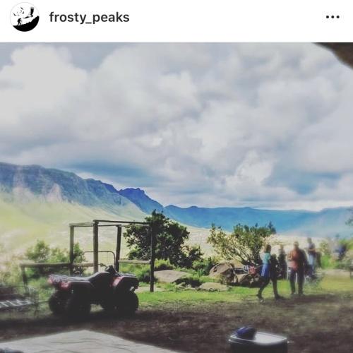Instagram - FrostyPeaks